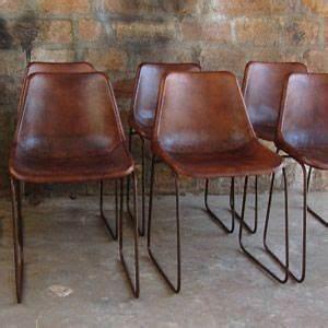 Chaise Vintage Cuir : chaise en acier finition cuir marron antique acier marrons et chaises ~ Teatrodelosmanantiales.com Idées de Décoration