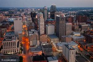 Which City feels larger:Kansas City or St.Lous? (places ...