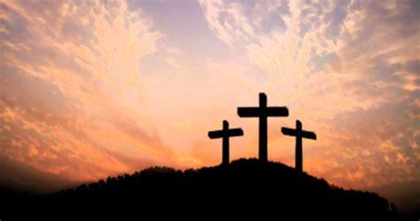 salib tanda cinta gereja katolik santa maria tak bercela