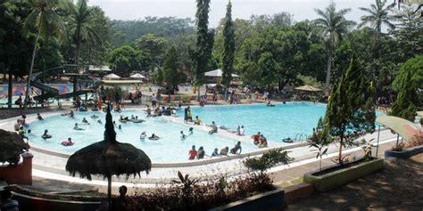 wisata kolam renang jember tempat wisata indonesia