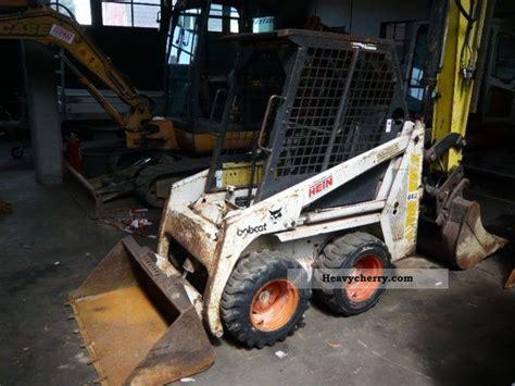 bobcat   wheeled loader construction equipment photo  specs