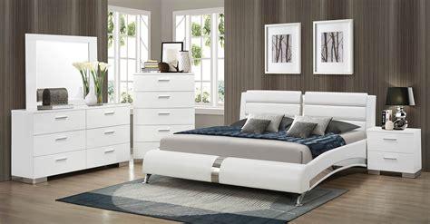 Coaster Felicity Platform Bedroom Set White 300345 Bed