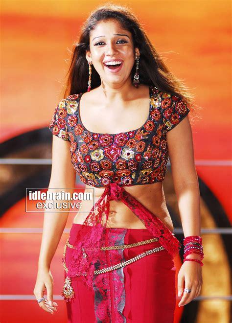 KOLLYWOOD MIRCHI Nayanthara Navel Show Hot