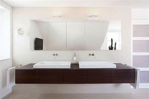 Steckdose Badezimmer