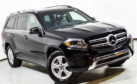 This 450 4matic variant comes with an engine putting out and of max power and max torque respectively. Pre-Owned 2018 Mercedes-Benz GLS 450 4MATIC SUV | Black U14972