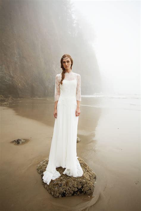 swoon worthy beach wedding dresses   wedding