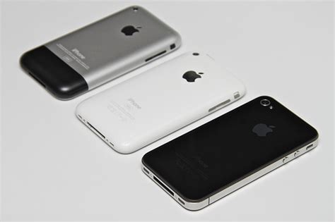 when did the iphone 1 come out original iphone iphone 3g iphone 4 flickr photo