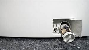 Flusensieb Waschmaschine Reinigen : wie reinigt man das flusensieb beim waschtrockner waschtrockner ~ Frokenaadalensverden.com Haus und Dekorationen