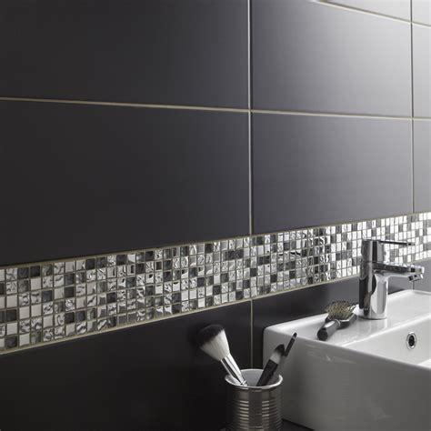 carrelage salle de bain noir brillant parement en quartzite noir brillant pcm with
