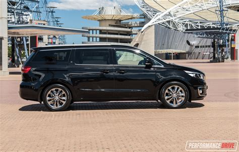 kia carnival platinum  review video