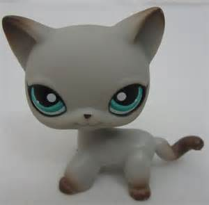 lps gray shorthair cat littlest pet shop lps 391 siamese cat kitten gray