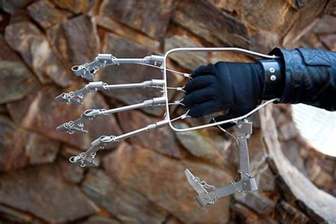 mechanical hand  ivan owen  diy projects