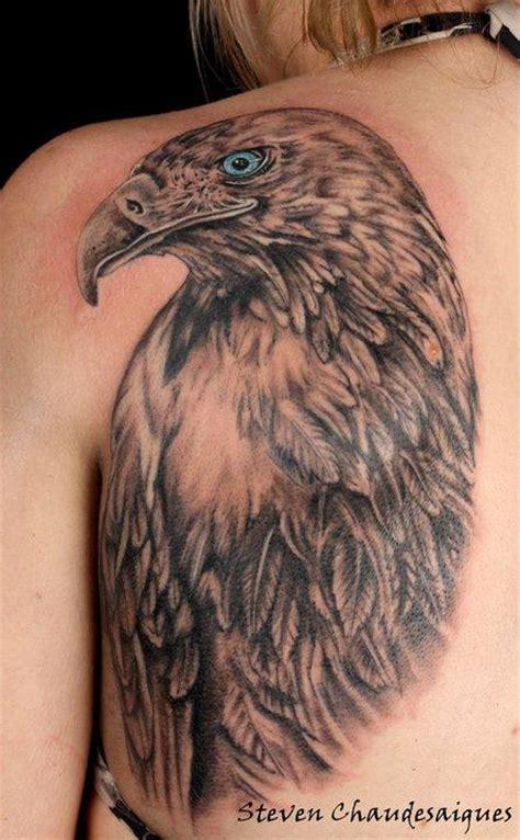 Tatouage Sur Une Omoplate D'un Aigle Royal Par Steven