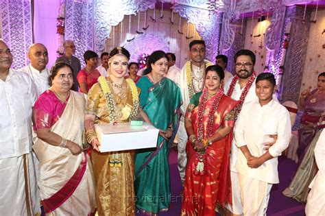 serial actress jeevitha age picture 1078242 aiadmk sasikala natarajan radhika