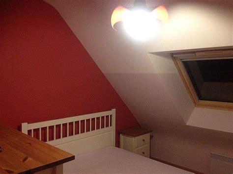 chambre sous toit décoration chambre sous toit paperblog