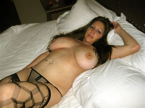 Nude Wives And Milfs Archives Wifebucket Blog