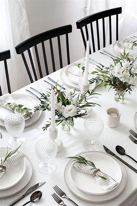 tips  set  simple  modern tablescape breakfast