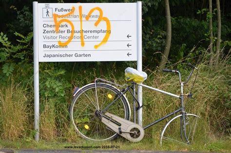 Japanischer Garten Leverkusen Plan by Leverkusen Bild Chempark Wegweiser Beschmiert
