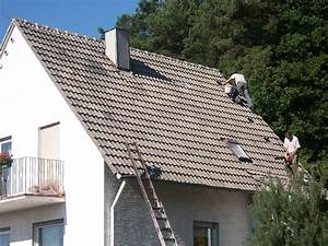 Eternit Dach Reinigen Streichen : dachreinigung selber machen dachreinigung selber machen ~ Lizthompson.info Haus und Dekorationen