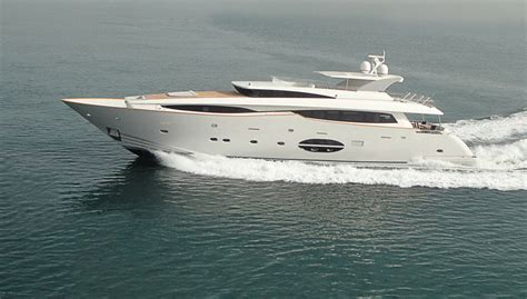 Gold Yacht Miami Boat Show by Pin Boat Show The Tower Xplorer Has Revolutionary