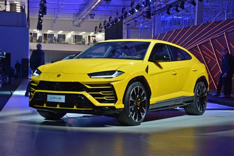 Lamborghini Urus Modernday Rambo Lambo Is Finally Here