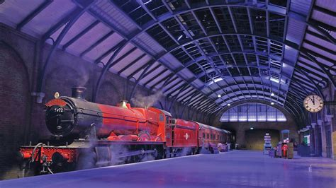 harry potter adds  magic  london visit travel weekly