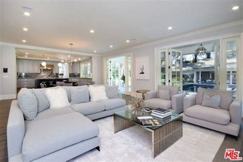 45 Fabulous Family Room Design Ideas (2019 Photos