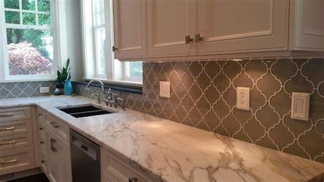 kitchen glass backsplash ideas arabesque glass mosaic tile backsplash traditional