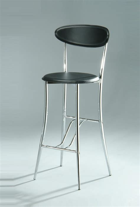 Bar stools: wooden, metal, leather and upholstered
