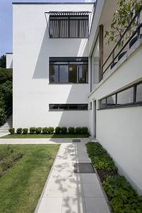 Villa Mies Van Der Rohe : gallery of ad classics villa tugendhat mies van der rohe 19 ~ Markanthonyermac.com Haus und Dekorationen