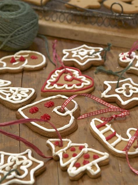 iced christmas cookie decorations hgtv