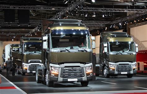 Renault Trucks Tractor Units T Range 2014 Models