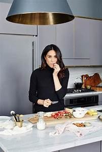 A Moment with Meghan Markle EyeSwoon