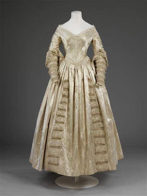 wedding dresses     victoria  albert