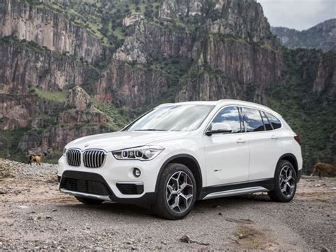 Small Suv Reviews by Review Bmw X1 Small Suv Struggles To Find Its Place