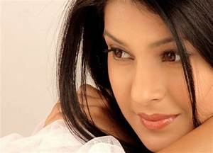 Cute Bollywood Actress Wallpapers – One HD Wallpaper ...