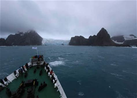 cruises elephant island argentina elephant island cruise ship