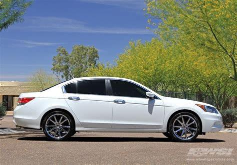 2012 honda accord with 20 quot gianelle spidero 5 in chrome