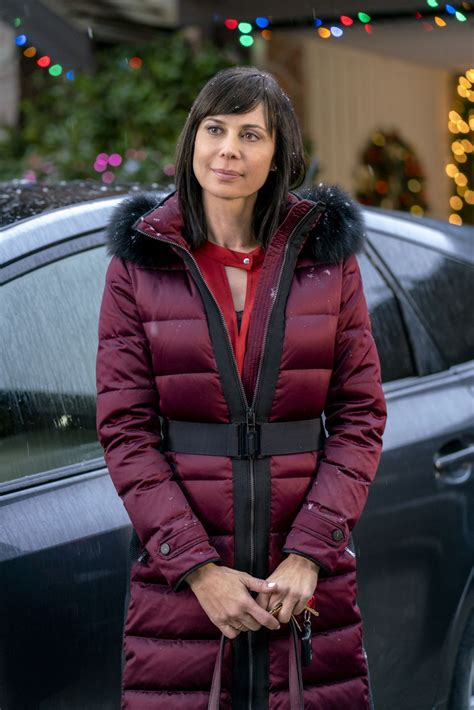 Catherine Bell   Christmas in the Air Promos/Stills 2017