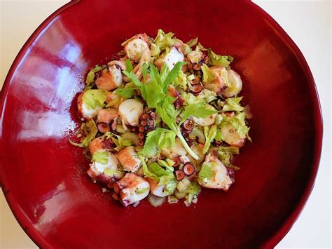 comment cuisiner du c駘eri branche salade de poulpe au c 233 leri branche cuisine de la mer