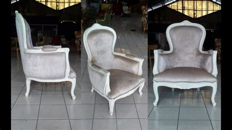 Classic Armchair Design Using French Furniture Style