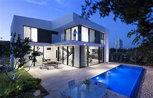 Simple, Modern, House, With, An, Amazing, Floating, Stairs