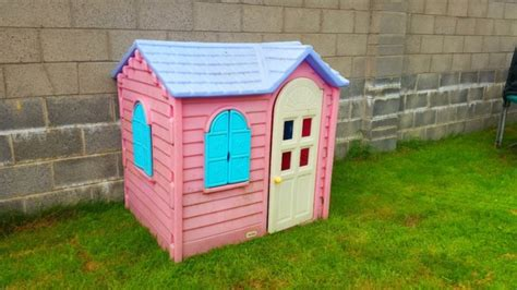 tikes country cottage pink garden playhouse