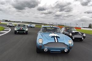 Aston Martin Db4 Gt : aston martin db4 g t continuation silverstone track day ~ Medecine-chirurgie-esthetiques.com Avis de Voitures