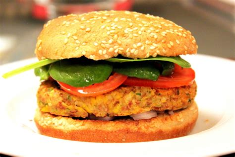 veggie burgers southwestern pinto bean veggie burgers the picky eater