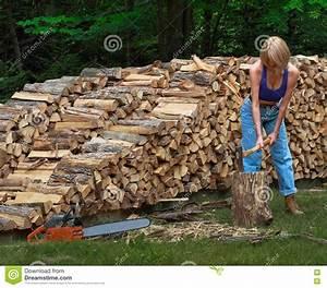 Girl Splitting Firewood Stock Image - Image: 14914131
