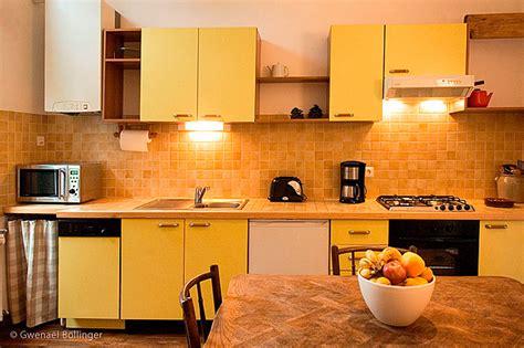 meuble cuisine jaune meuble de cuisine jaune