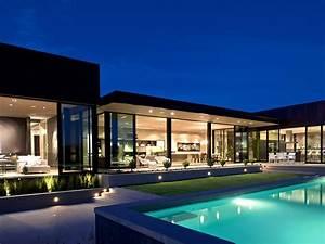 Modern CabinetSunset Strip Luxury Modern House With