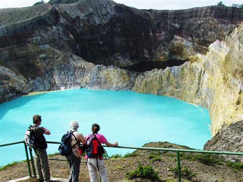 objek wisata alam  taman nasional  indonesia