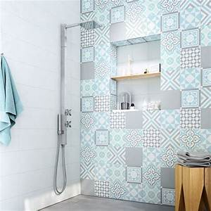 Carrelage Vert D Eau : carrelage gris carreaux ciment carreaux de ciment salle de bain carrelage douche salle d eau ~ Melissatoandfro.com Idées de Décoration